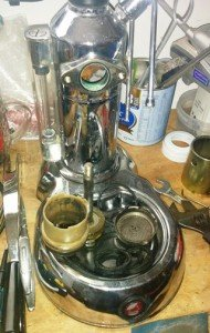 תיקון מכונות קפה - פירוק ראש המכונה